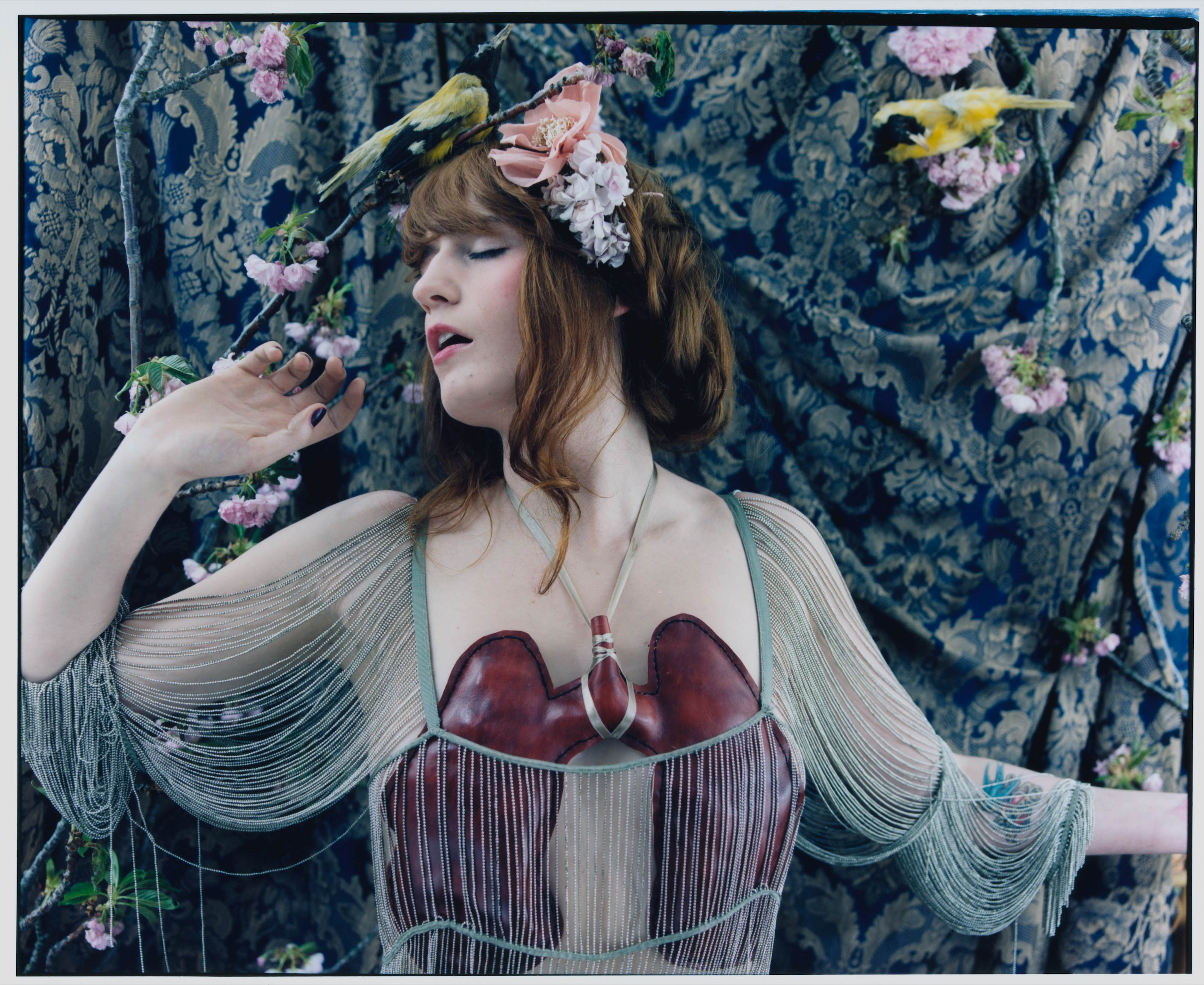 Florence The Machine Lungs 10th Anniversary Photo01 Universal Music