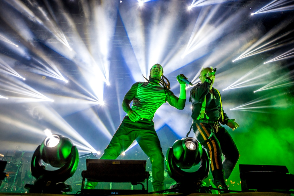 the-prodigy-podigao-sea-star-na-festivalsko-nebo-europe